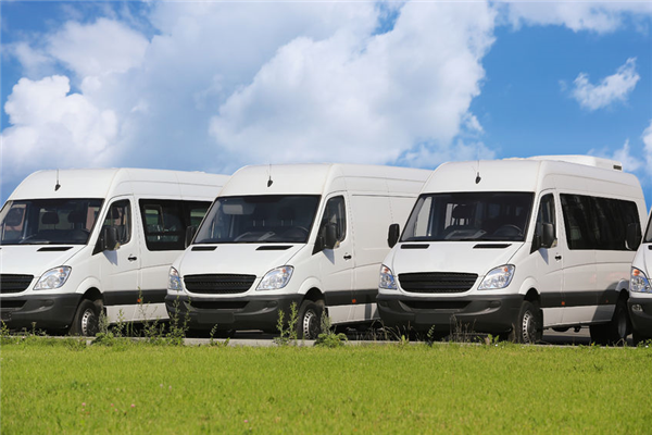 Preventing Sun Damage on Your Commercial Fleet