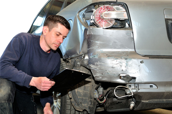 Can Auto Body Repair Void Your Car Warranty?