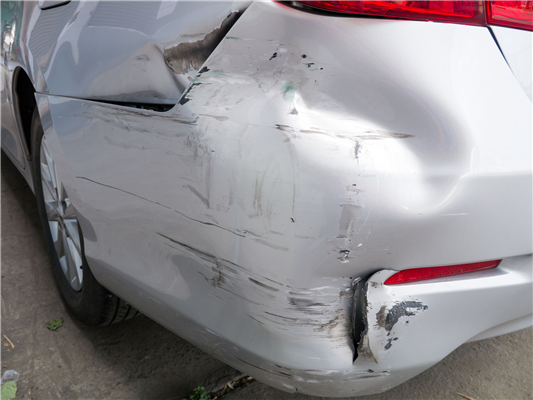 Car Accident Repair: Should I file an Insurance Repair Claim for a Minor Accident?