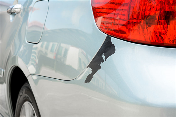 When Should a Bumper Be Replaced Instead of Repaired?